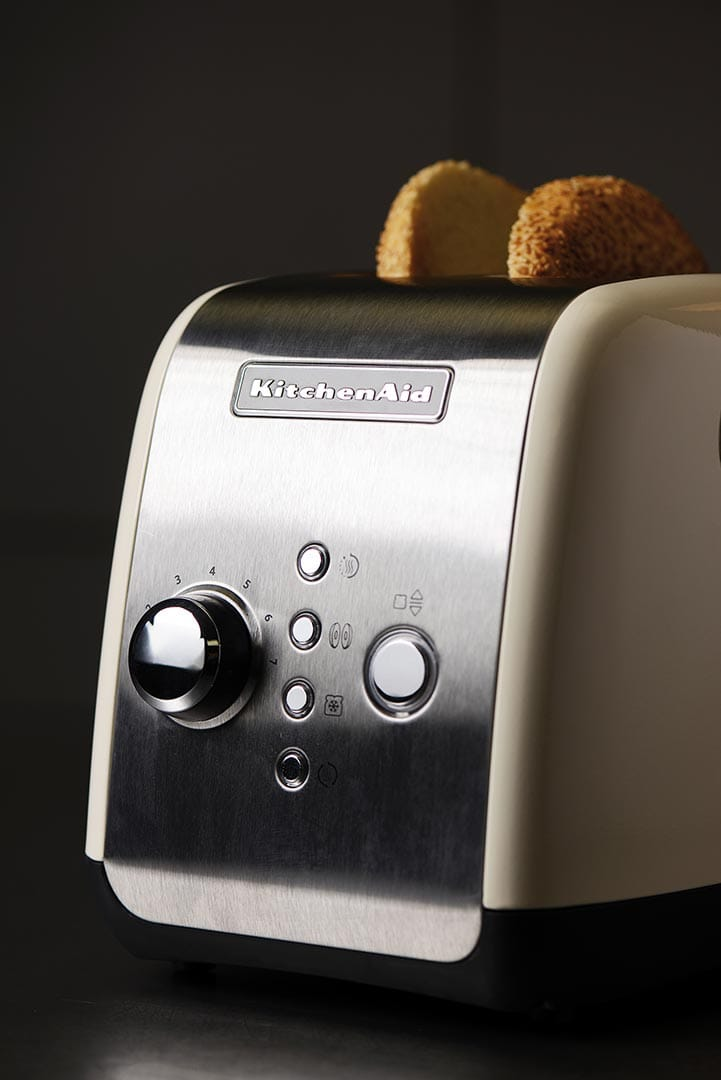 kitchenaid toaster f r 2 scheiben 5kmt221 offizielle website von kitchenaid. Black Bedroom Furniture Sets. Home Design Ideas