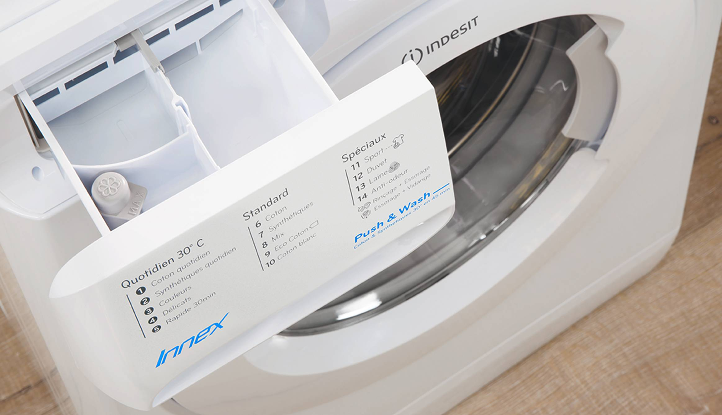 Freestanding front loading washing machine innex indesit the extra large opening of your innex washing machine makes it easier to load and unload your laundry its ergonomic handle is designed to provide a buycottarizona Choice Image