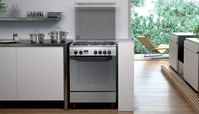 Cucina a gas con forno elettrico pureglass indesit indesit elettrodomestici per la casa e - Elettrodomestici cucina a gas ...