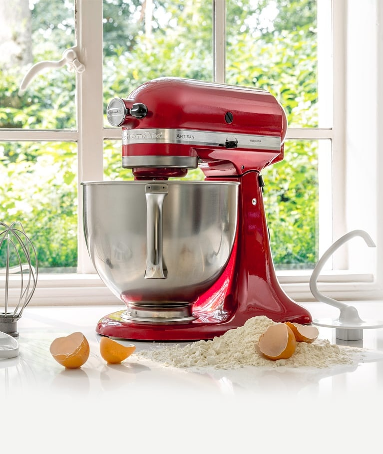The 4.8L Artisan Stand Mixer is the perfect model for beginners.