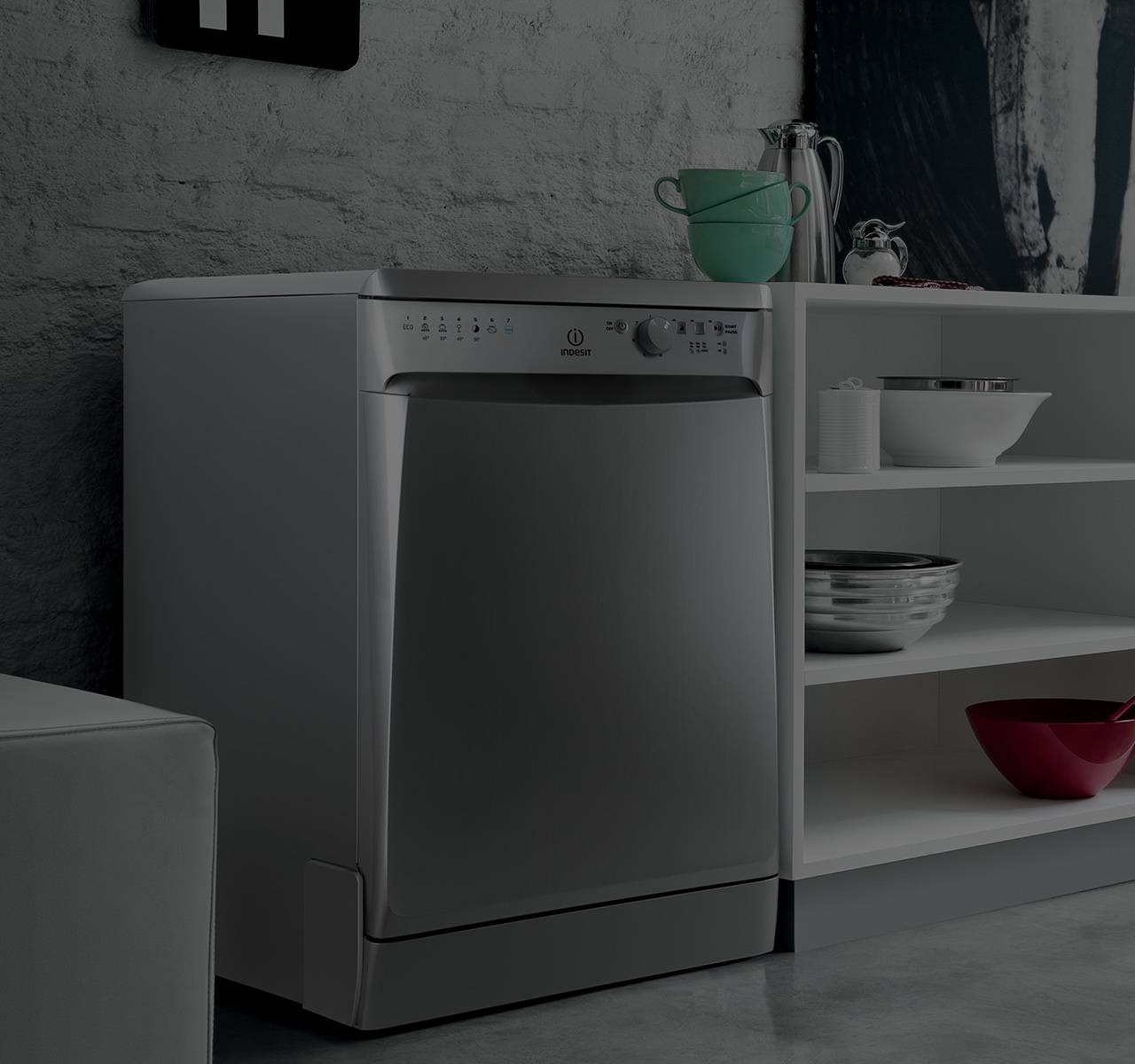 Dishwasher: Fully Integrated & Freestanding